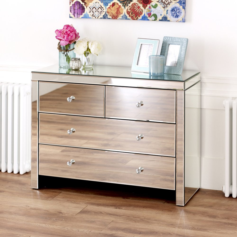 Venetian 2 Over 2 Drawer Chest